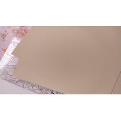Дизайнерский картон Песочный с легкой факторой 21*22,5 см, плотность 250 гр