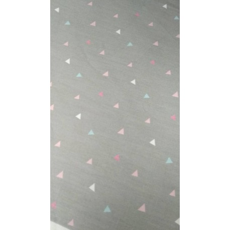 Ткань Треугольники на сером фоне 50*40 см, Корея