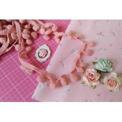 Тесьма пепельно-розовая с помпонами, 1 ярд